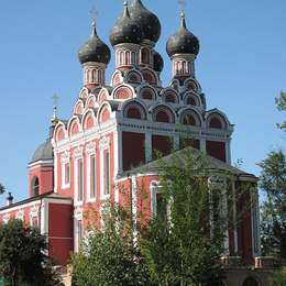 Храм при Алексеевском кладбище