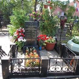 Памятник защитникам Родины, Владыкинское кладбище